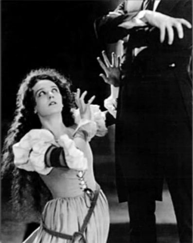 The Phantom Of The Opera wallpaper probably with a bouquet titled The Phantom of the Opera 1925
