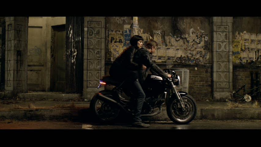 Garrett Hedlund Tron Motorcycle Tron: Legacy - Garrett...