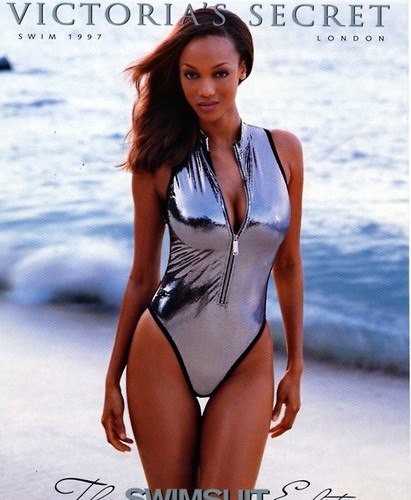 Tyra Banks wolpeyper with a maillot titled Tyra Banks