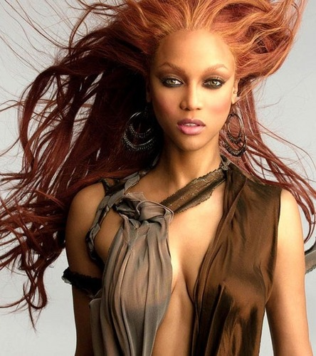 Tyra Banks wallpaper probably with attractiveness and a portrait titled Tyra Banks