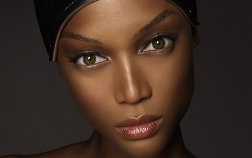 Tyra Banks پیپر وال titled Tyra Banks