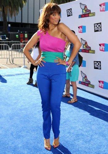 Tyra Banks wolpeyper entitled Tyra Banks