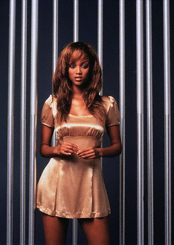 Tyra Banks wolpeyper entitled Tyra Banks