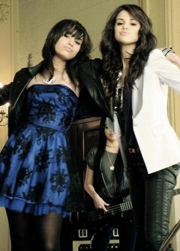 the past of demi