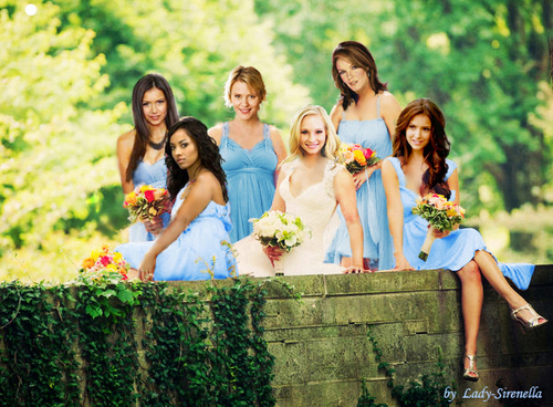 The Vampire Diaries TV tunjuk kertas dinding with a bridesmaid and a bouquet entitled Wedding hari of Caroline and Tyler.