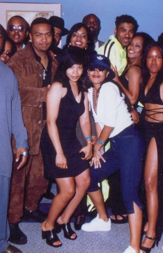 Aaliyah wallpaper possibly with bare legs and hot pants called /.\aliyah *RARE*