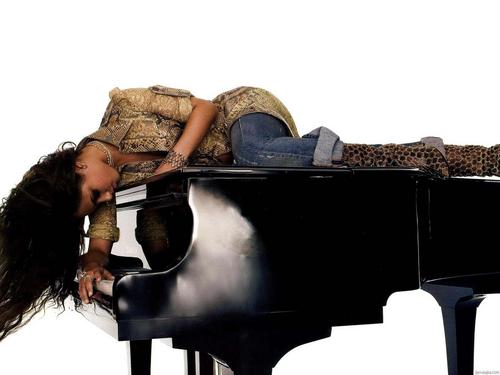 alicia keys wallpaper containing a grand piano entitled Alicia Keys