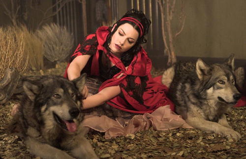 Amy and the loups
