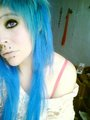 Blue emo scene hair (Karen Cornerkiller o Karen larrush)