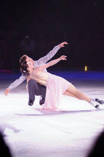 Canadian satars on ice 2010 - FD