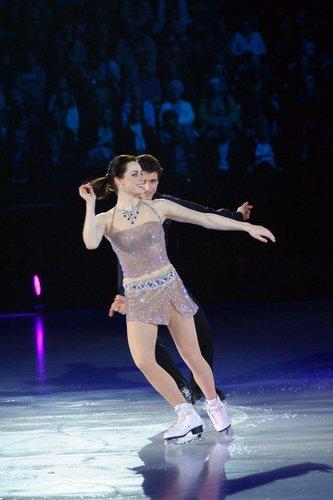 Canadian stars on ice 2010