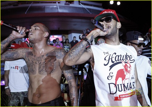 Chris Brown: Reebok Classics Party with Swizz Beatz!