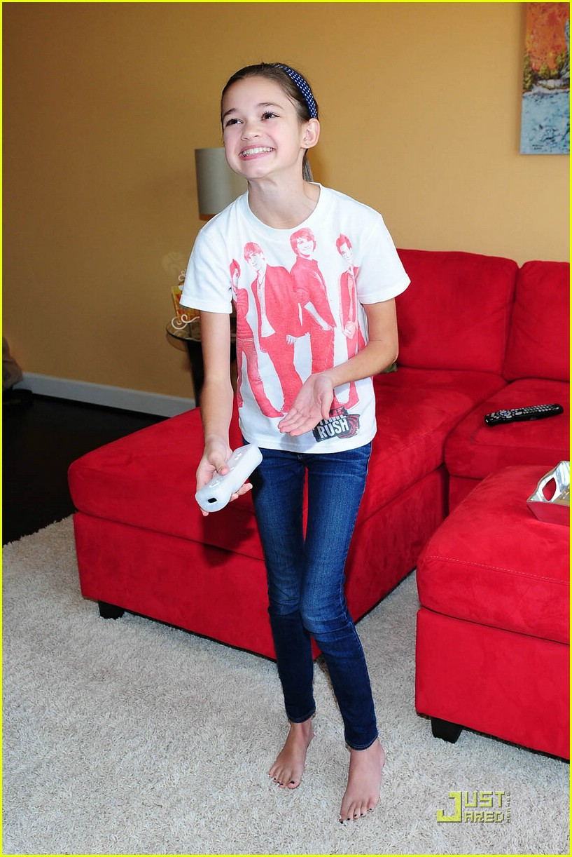 Ciara Bravo Feet http://www.fanpop.com/clubs/ciara-bravo/images/24713087/title/ciara-bravo-photo