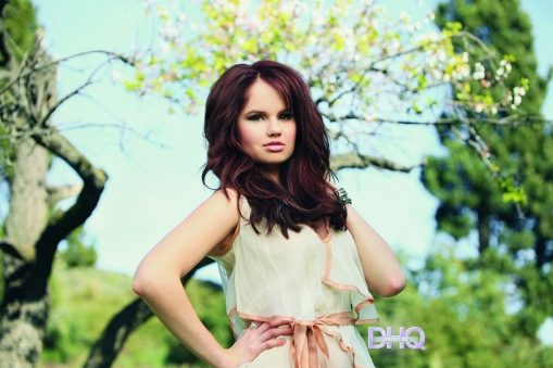 http://images5.fanpop.com/image/photos/24700000/Debby-debby-ryan-24770608-509-339.jpg