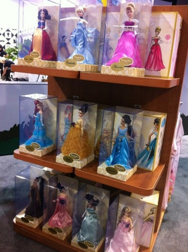 डिज़्नी Princess Designer Collection DOLLS!