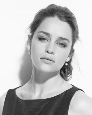 Emilia Clarke fond d'écran called Emilia Clarke (Self Assignment)