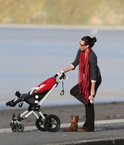 Evangeline Lilly takes her baby boy for a stroll in New Zealand (Aug 22) HQ