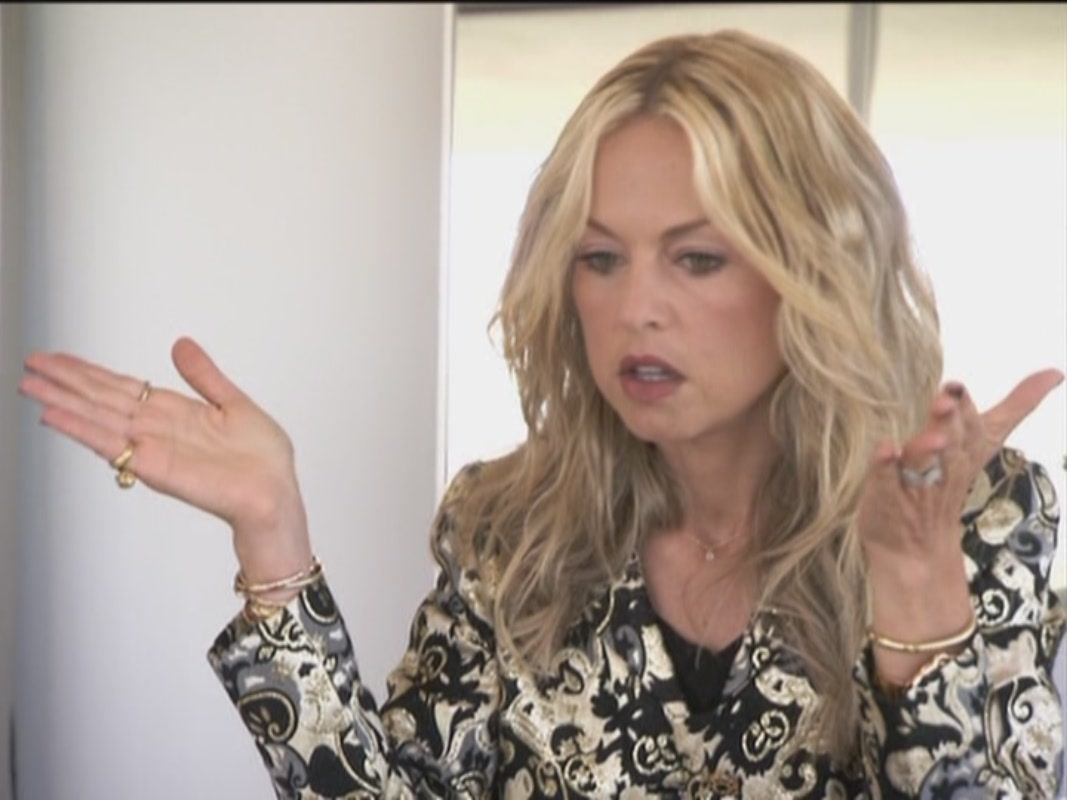 zoe project With rachel zoe, rodger berman, brad goreski, marisa lee runyon a television program that follows a celebrity stylist as she looks to take her business to the next.