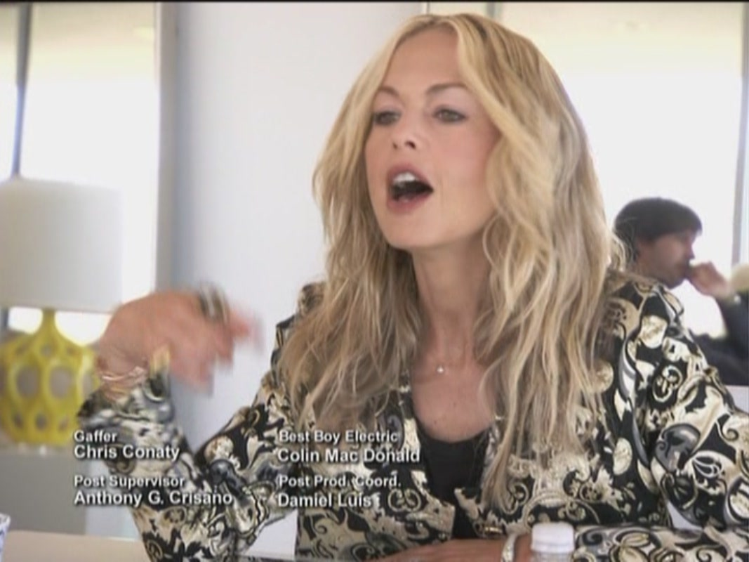 the rachel zoe project With her skills of persuasion, rachel convinces joey to move to los angeles to become her right hand fashion man while he helps rachel style a kim kardashian video shoot, jeremiah must shift his focus from fashion design to interior design and is responsible for furnishing rachel and rodger's new house.