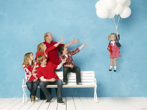 Good Luck Charlie wallpaper possibly with a living room entitled Good Luck Charlie Photo Shoots