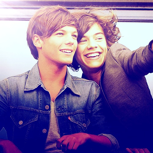 harry styles wallpaper called Harry Styles & Louis Tomlinson