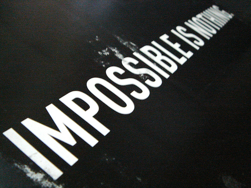 Adidas achtergrond called Impossible is nothing