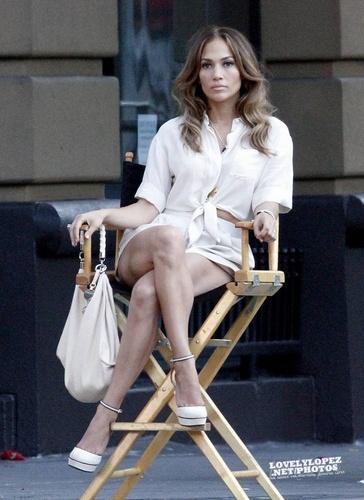 "Jennifer - Musica video set - ""Papi"" Video set - August 20, 2011"