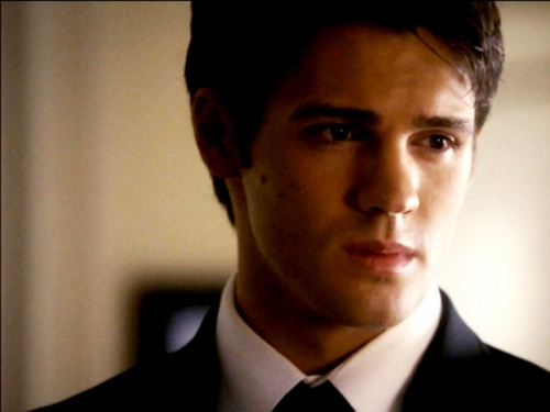 Jeremy Gilbert wallpaper containing a business suit, a suit, and a three piece suit called Jeremy Gilbert