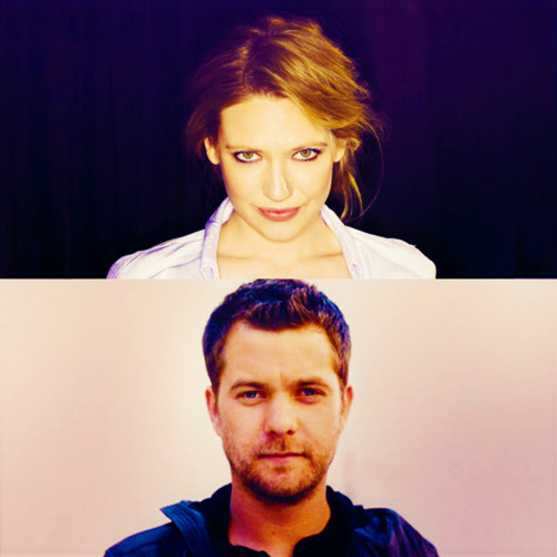Anna Torv and Joshua Jackson দেওয়ালপত্র with a portrait entitled Josh & Anna <3