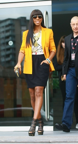 Kelly Rowland wallpaper with a business suit entitled June 13, 2011 - The X Factor - Manchester Auditions - Day 2