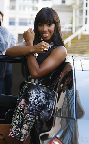 Kelly Rowland wallpaper entitled June 14, 2011 - The X Factor - Manchester Auditions - Day 3