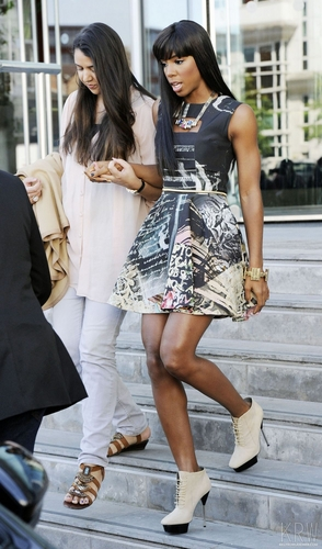Kelly Rowland wallpaper probably with bare legs, a hip boot, and hot pants entitled June 14, 2011 - The X Factor - Manchester Auditions - Day 3