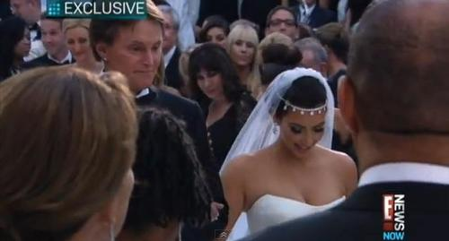 Kim Kardashian & Kris Humphries Wedding Special E! - kim-kardashian Screencap
