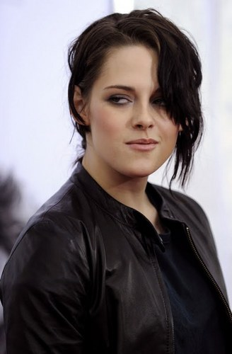 Kristen Pic Of The Day!