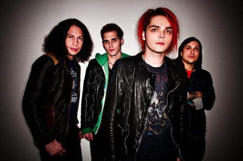 My Chemical Romance wallpaper possibly containing a well dressed person and an outerwear entitled Mcr pics...WOW!