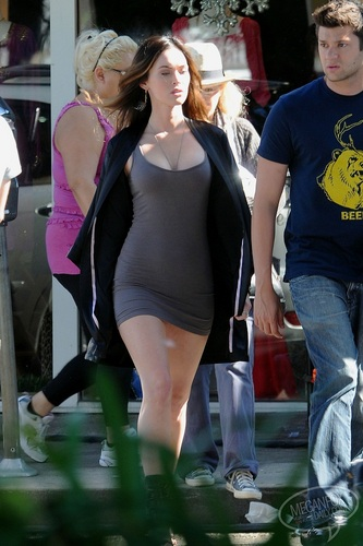 Megan - Filming on location for This is Forty in Los Angeles, CA - August 22, 2011