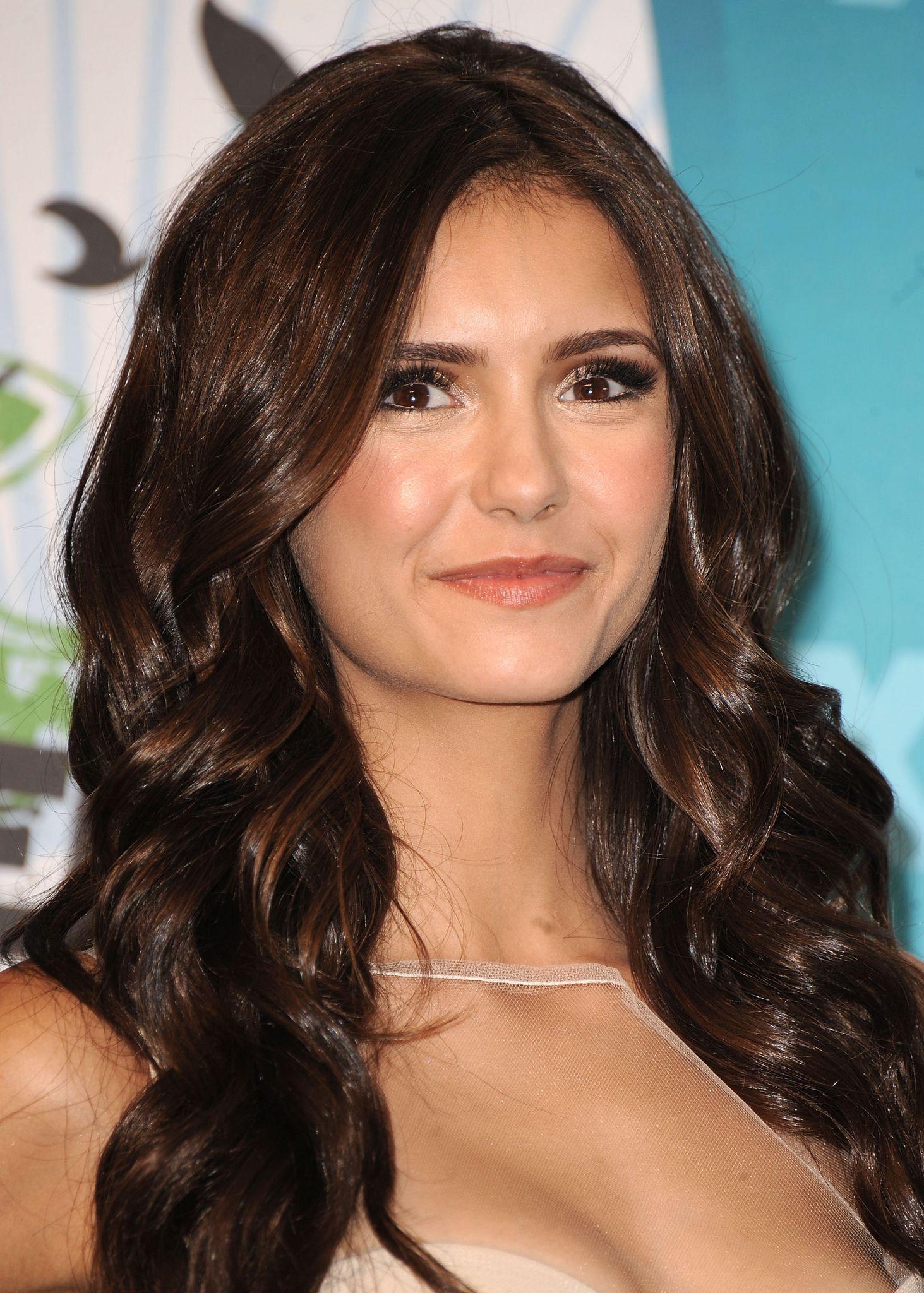 Nina Dobrev Teen Choice Awards 2010 :]