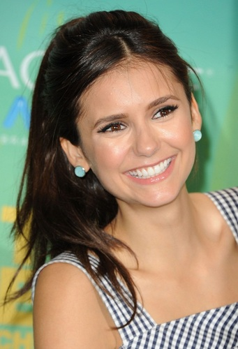 Nina Dobrev Teen Choice Awards 2011 :]