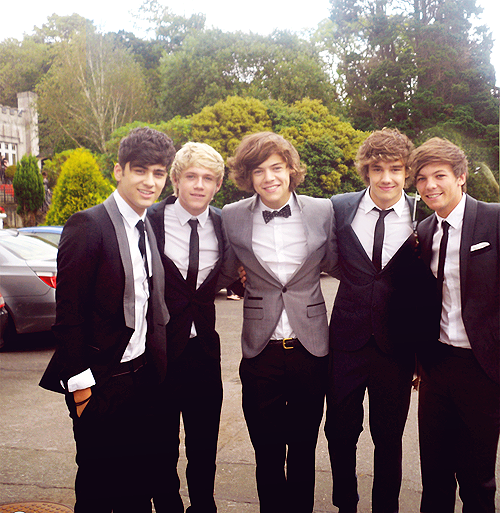 One Direction at a wedding 22/8/2011.