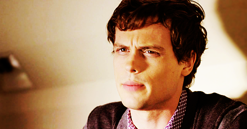 Dr. Spencer Reid wolpeyper probably with a portrait titled Reid in season 6~