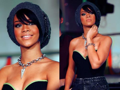 Rihanna(: