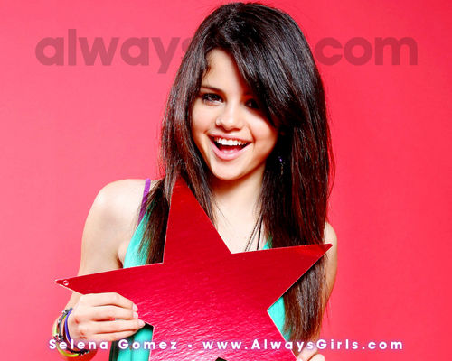 selena gomez wallpaper possibly with a portrait entitled SELENA NEW wallpaper