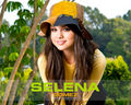SELENA NEW WALLPAPERS