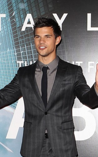 Taylor Lautner at the 'Abduction' Sydney premiere (August 23).