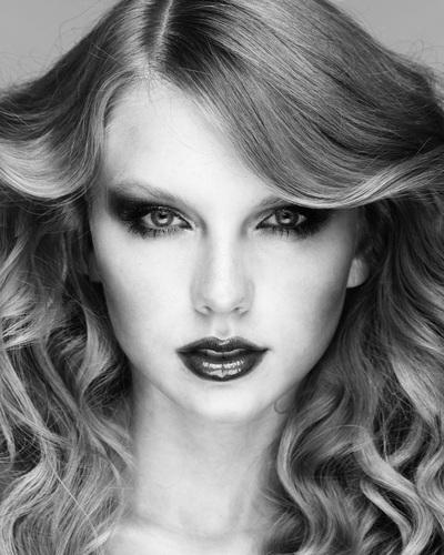 Taylor - Photoshoots 2011