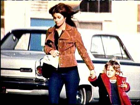Young Priscilla And Sweet Lisa Priscilla Presley And Lisa Marie