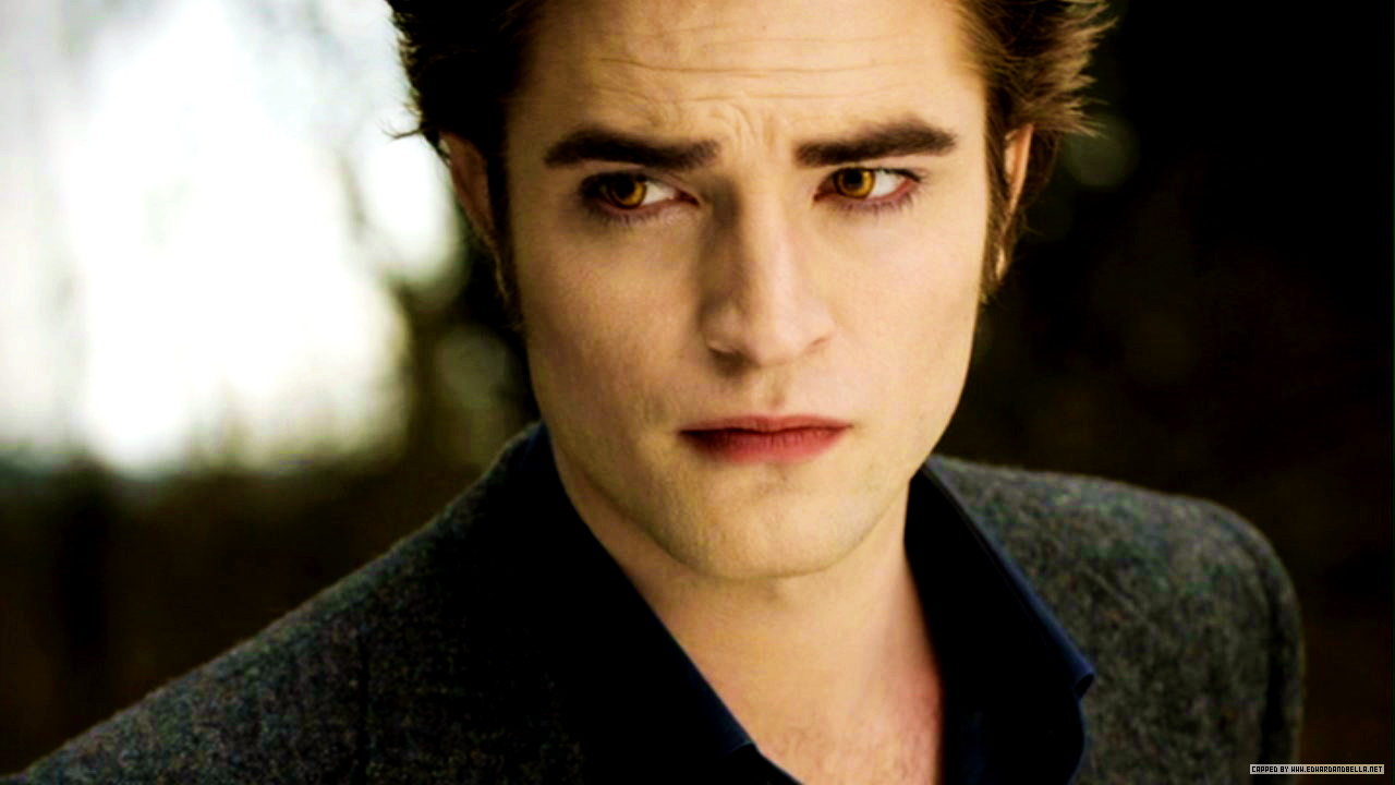 New Moon Still Edward Cullen Photo 24762378 Fanpop