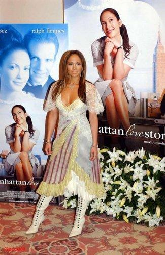 2003 maid in manhattan promo