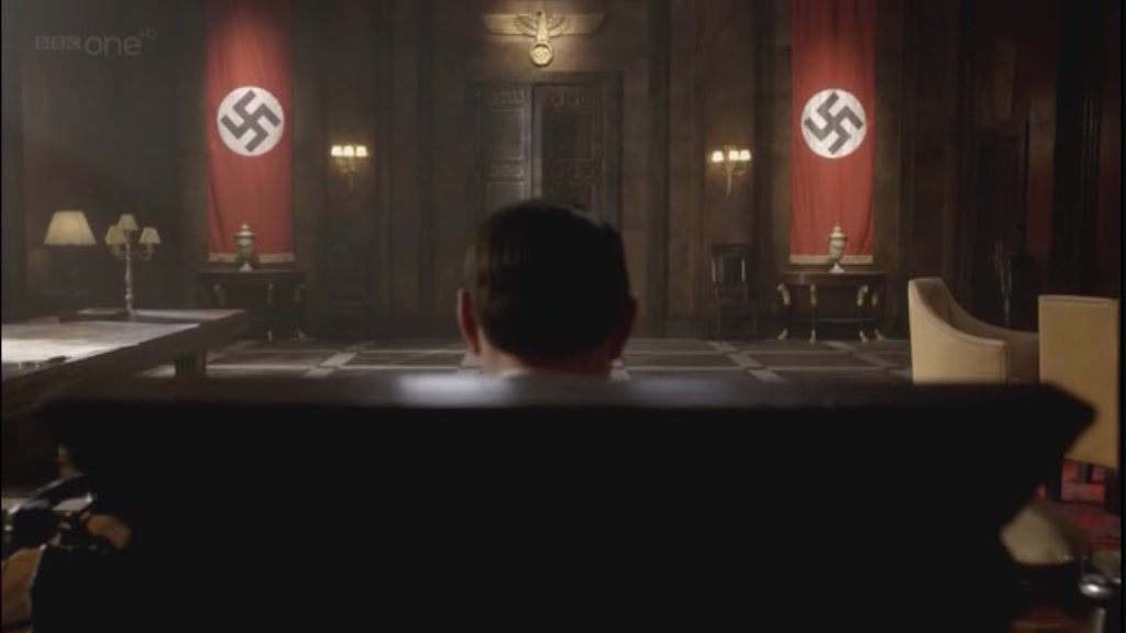 6x08 Let's Kill Hitler