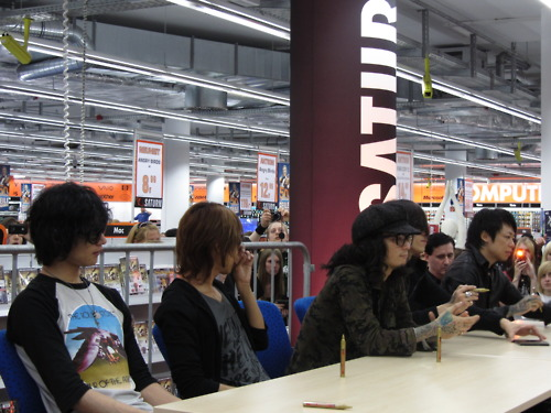Berlin Signing Session 2011